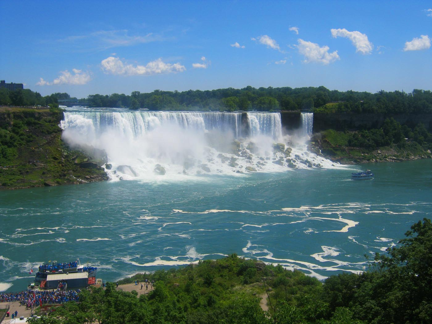 The American and Bridal Veil Falls - Niagara Falls